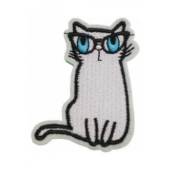 Ruhára vasalható folt – cica